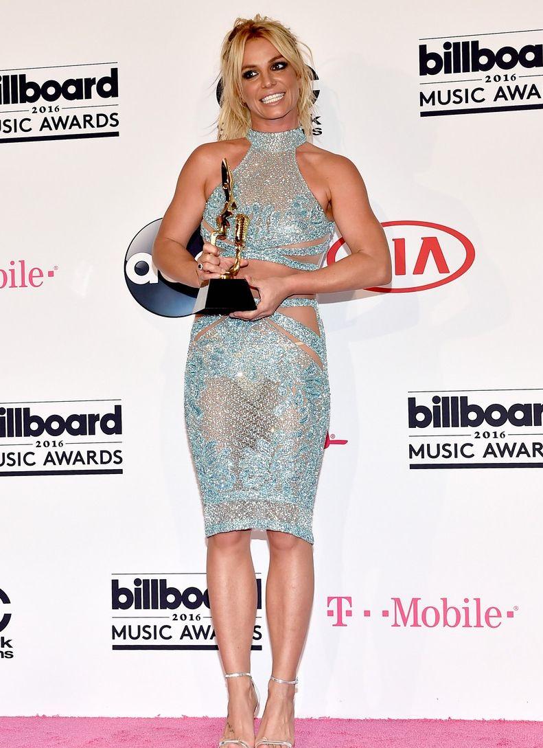 Лучшие образы звезд на красной дорожке Billboard Music Awards-2016 фото