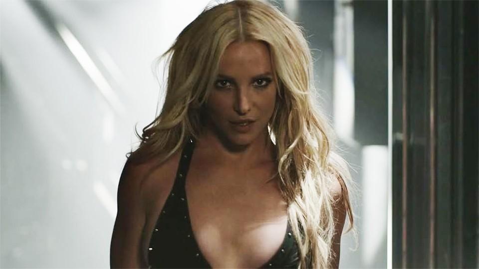 Приватное шоу: Бритни Спирс в танце представила новый аромат