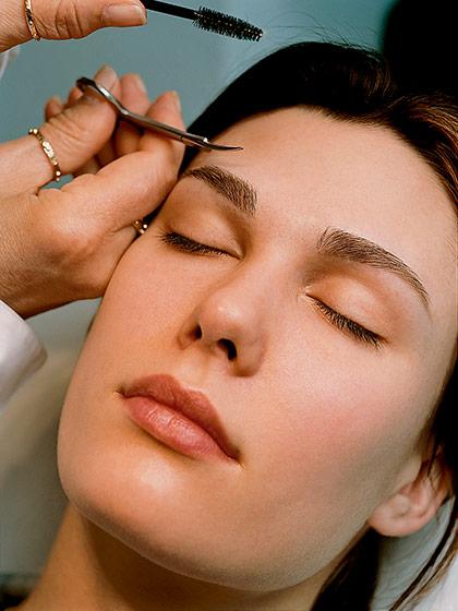 Практичные советы: как обновить свою прическу, без помощи парикмахера?
