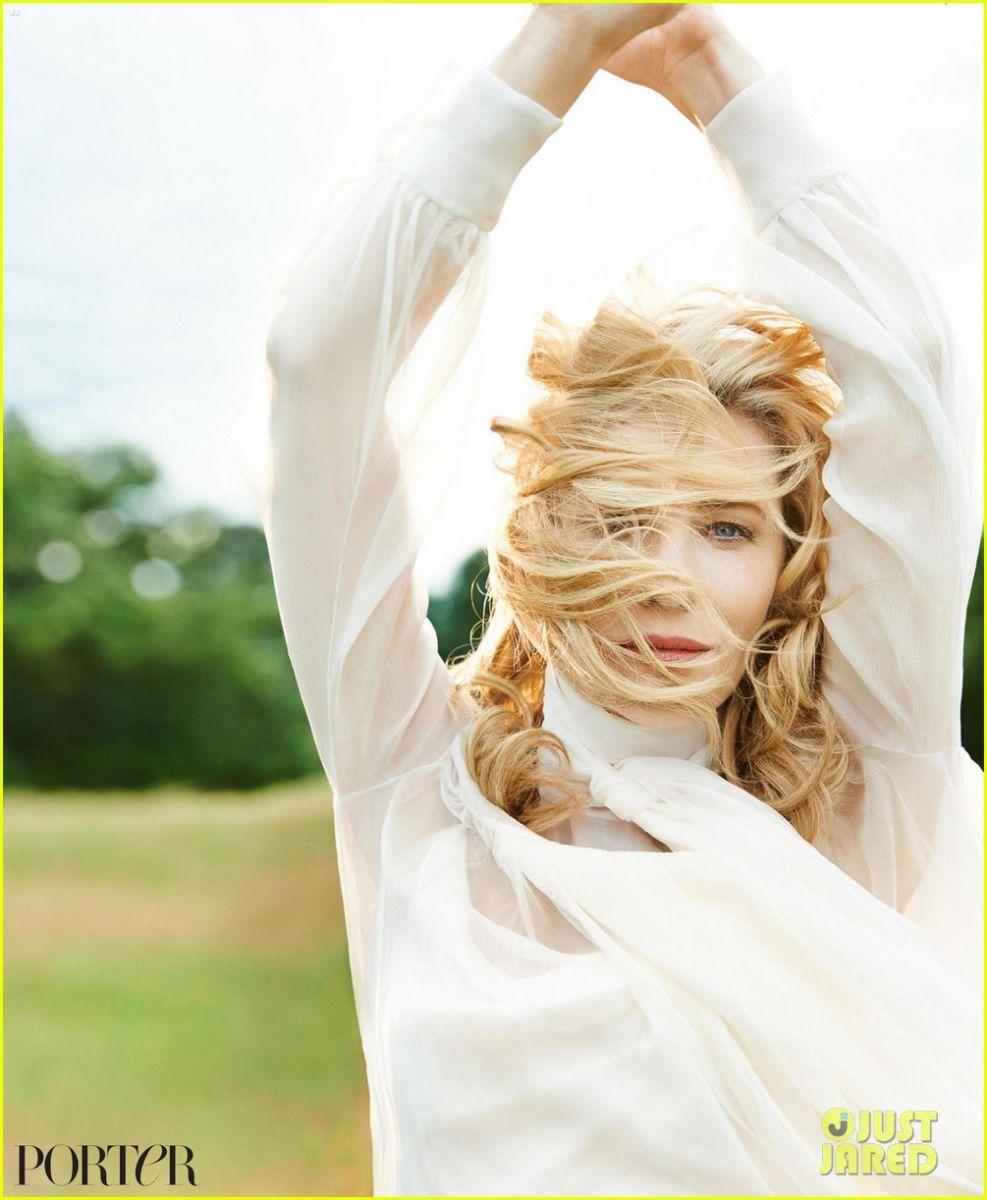 Кейт Бланшетт продемонстрировала весенний образ