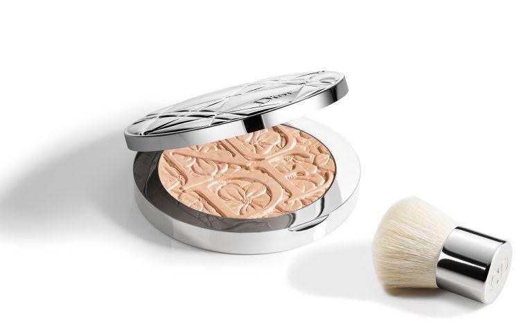 Золотой глобус 2016: как повторить макияж Рози Хантингтон-Уайтли