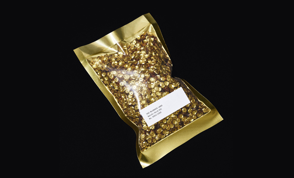Золотые слова: Пэт Макграт представила долгожданный золотой пигмент Gold 001