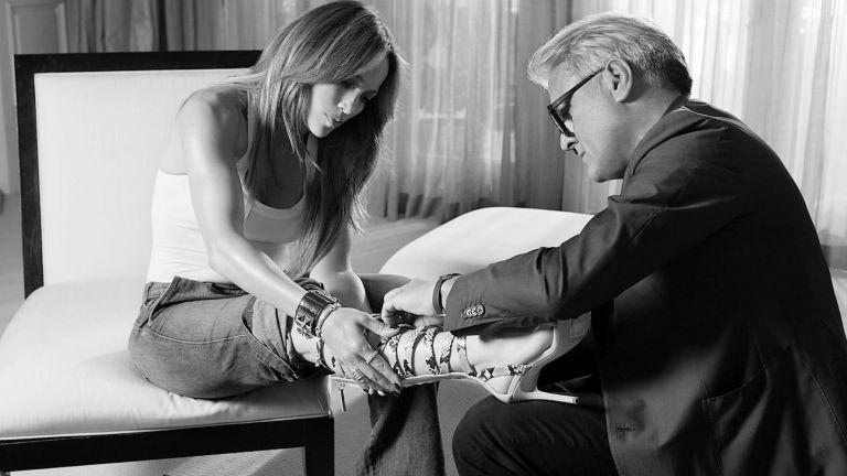 Летящей походкой: Дженнифер Лопес и Джузеппе Занотти выпустят совместную коллекцию обуви