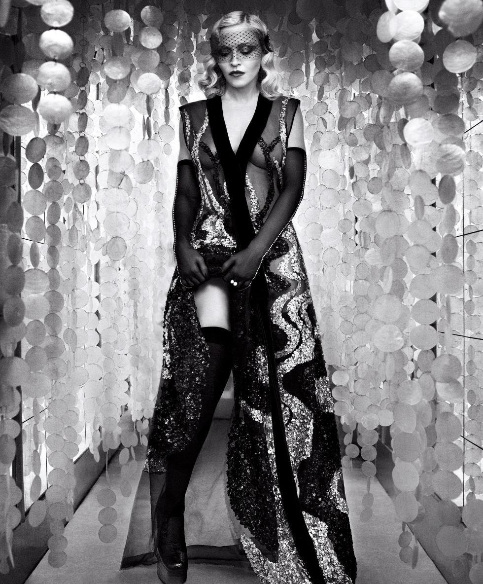 Мадонна снялась для обложки Harper's Bazaar (ФОТО)