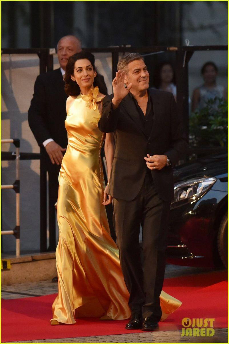 Роскошная пара: Джордж и Амаль Клуни на премьере в Токио