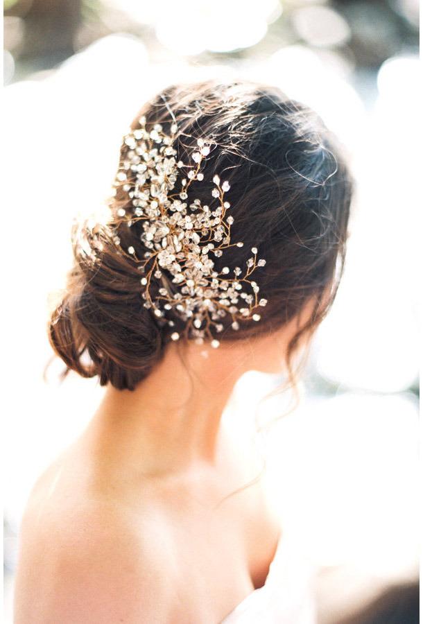 Горько! 7 потрясающих свадебных причесок с ободками