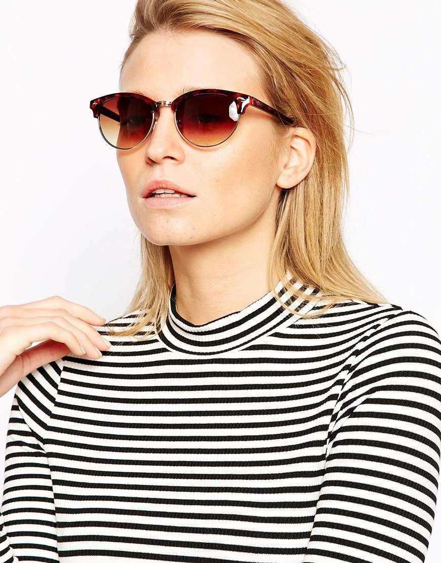 Солнцезащитные очки с сердцевидной оправой от Wildfox. Цена: $266.39.
