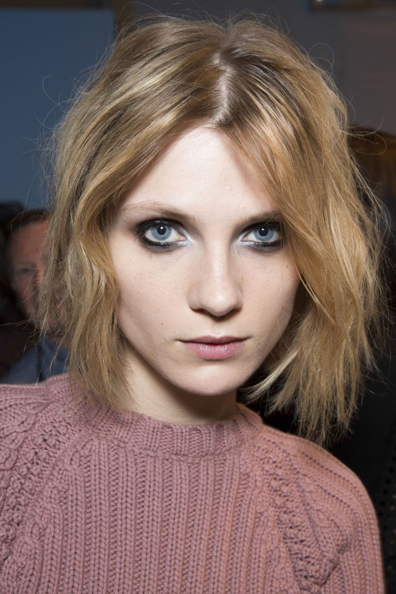 Модели с короткими волосами