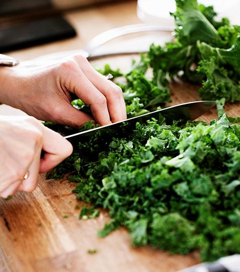 Несколько неожиданных бьюти-способов использовать салатные листья