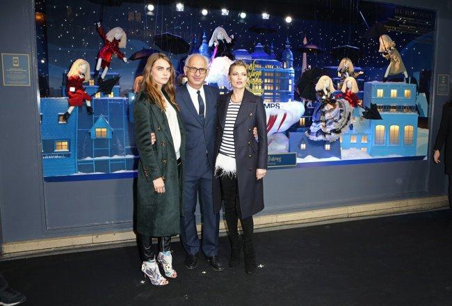 Две супемодели Кейт Мосс и Кара Делевинь вишли в свет вместе