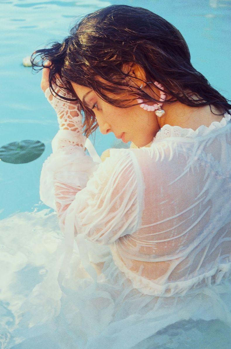 Ким Кардашьян снялась в чувственной фотосессии для глянца (ФОТО)