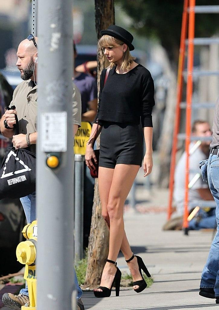 Вопрос-ответ: сколько стоят ножки Тейлор Свифт?