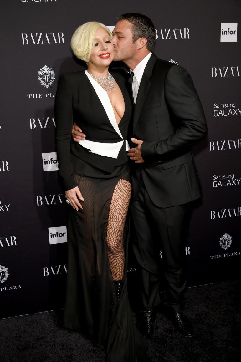 В каком платье Леди Гага выйдет замуж?