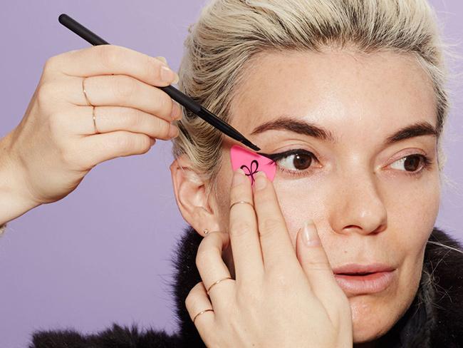 Кошачий глаз: новый Beautyblender для быстрого и простого создания стрелок