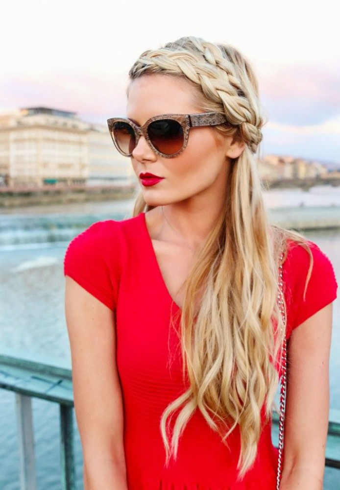 5 причесок, которые идеально смотрятся на грязных волосах