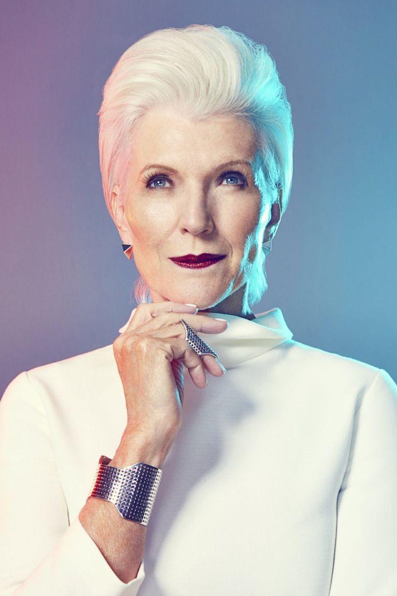 Совсем не старуха: 67-летняя модель Мэй Маск делится секретами красоты