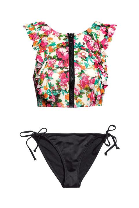 New bikinis: самые модные купальники на летний сезон