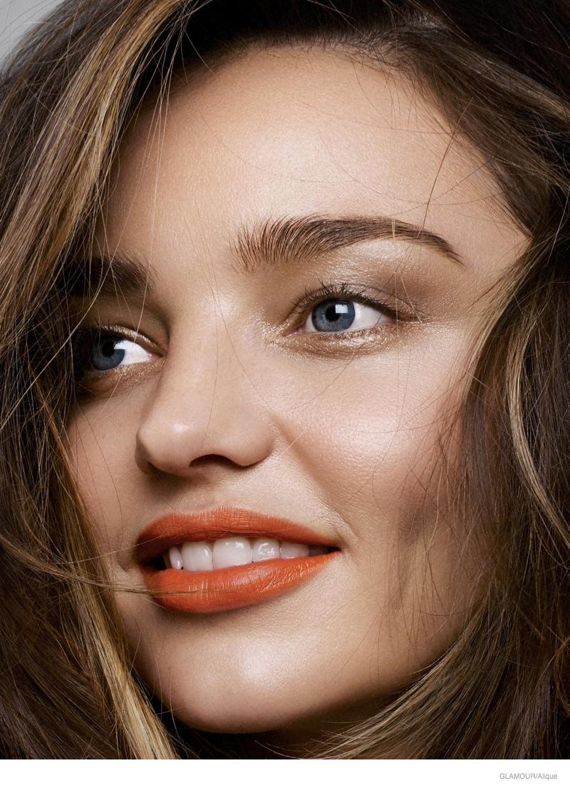 Миранда Керр продемонстрировала трендовый макияж губ