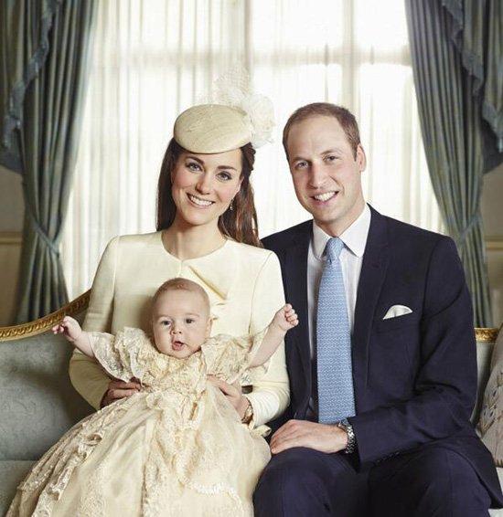 Кейт Миддлтон и принц Уильм официальные семейные фото