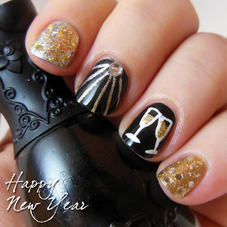 До кончиков пальцев: 4 главных заповеди новогоднего маникюра