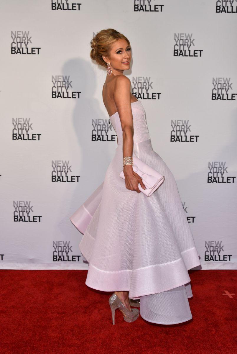 Образ дня: Пэрис Хилтон, как принцесса, на балу NYC Ballet Spring Gala
