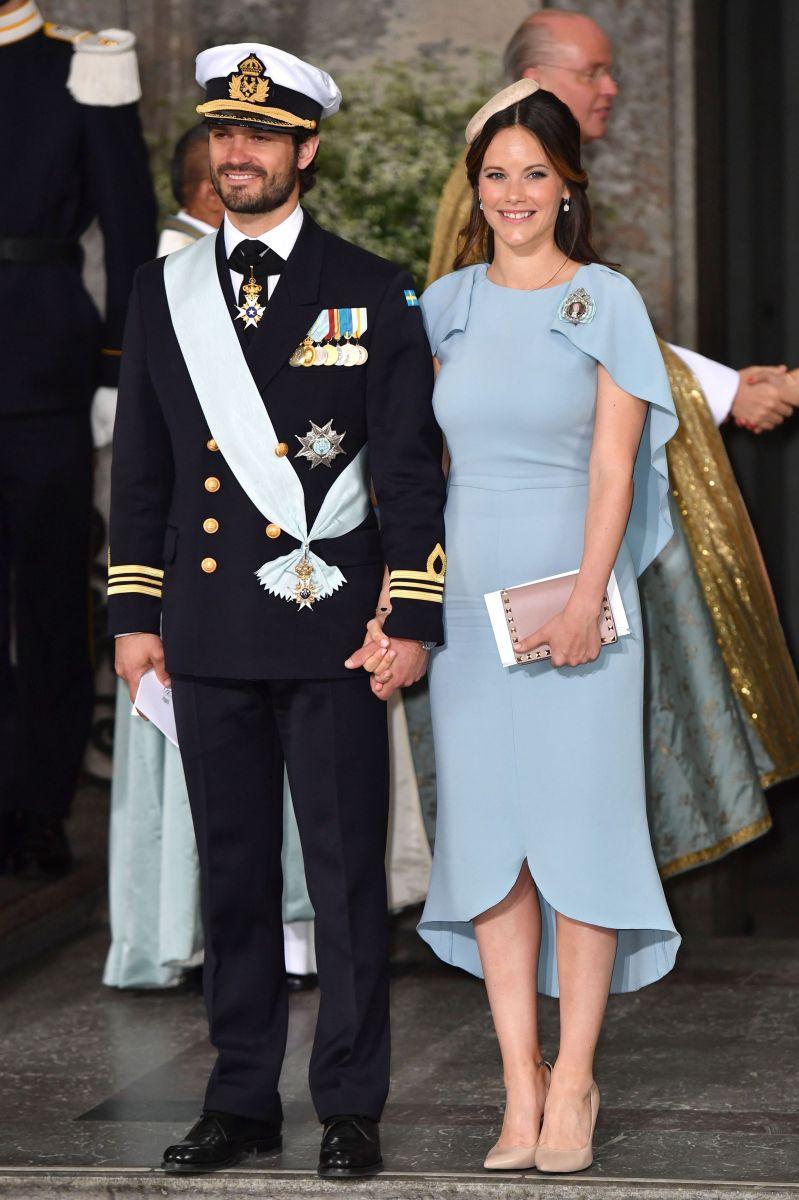 Шведская семья: как были одеты члены шведской королевской семьи на крестинах принца Даниэля