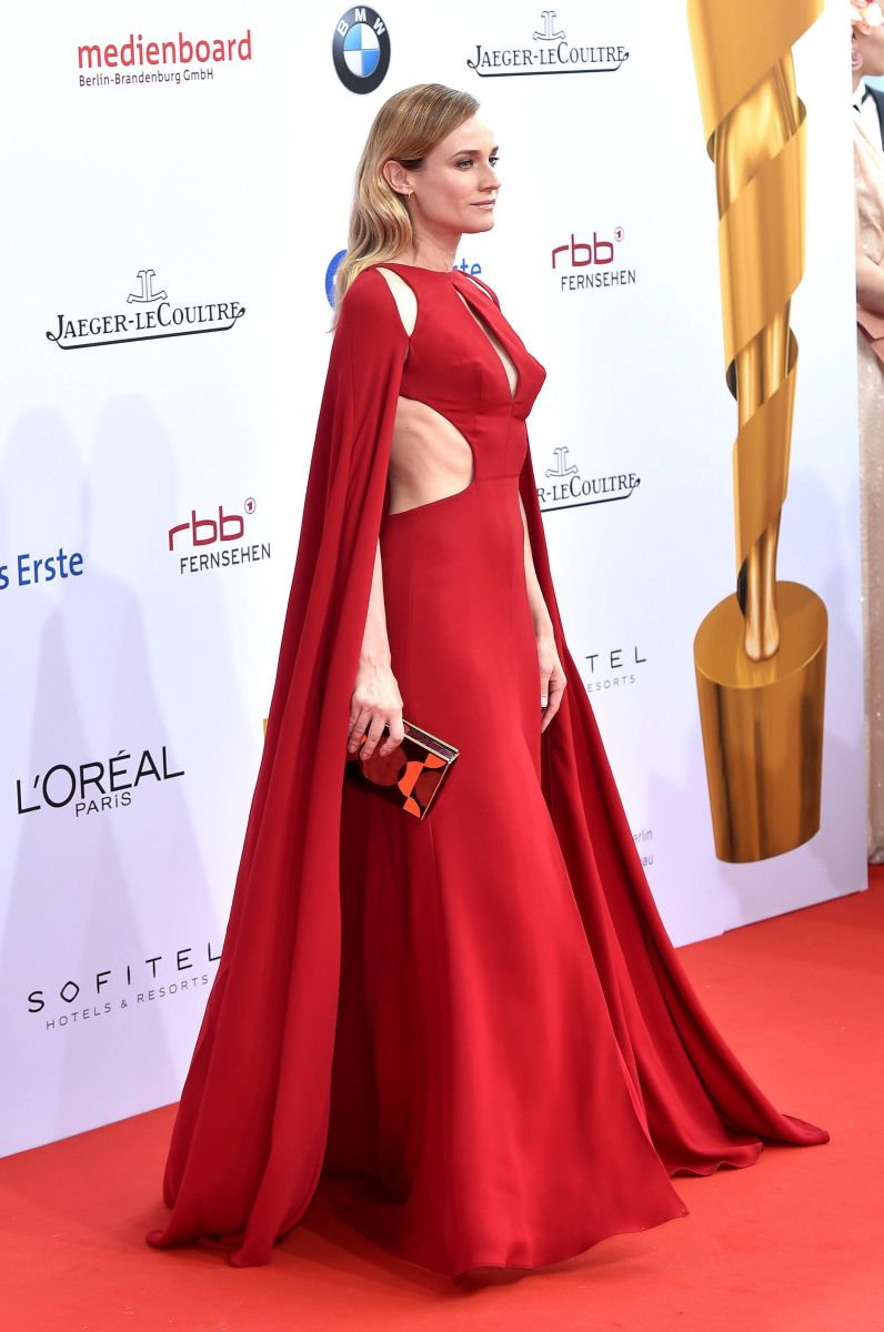 Образ дня: величественная Диана Крюгер в платье Naeem Khan на премии German Film Awards
