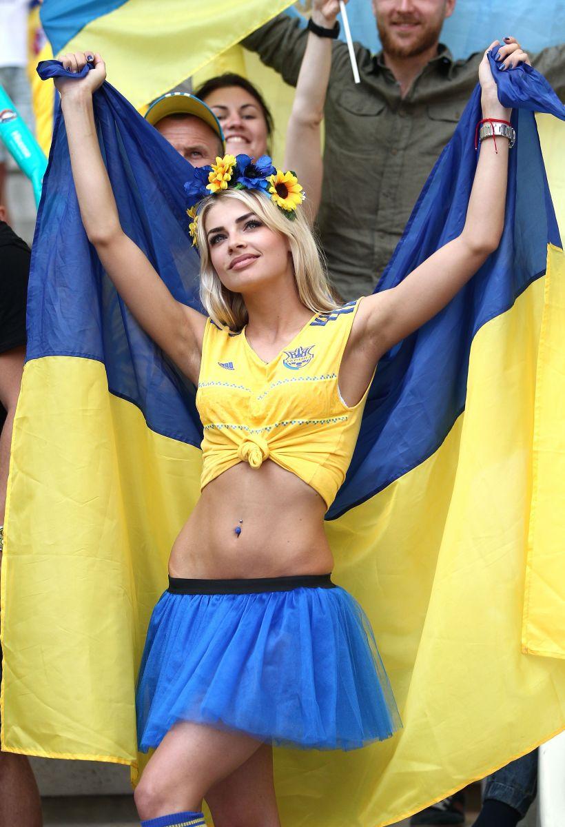 Эксклюзив: болельщица от Украины, покорившая весь мир, раскрыла свои секреты красоты