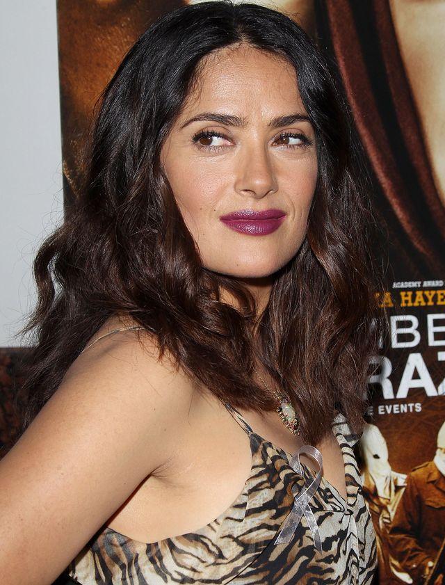 """Образ дня: Сальма Хайек в хищном наряде на премьере """"Сентябрь в Ширазе"""" фото"""