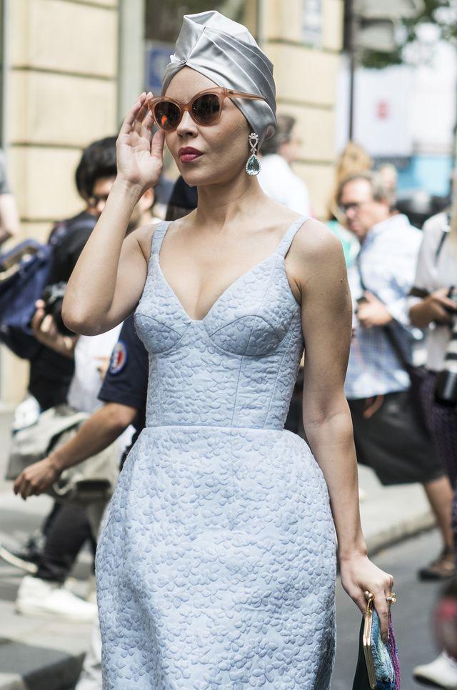 37 лучших street-style образов Недели высокой моды в Париже фото