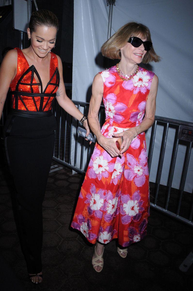 Образ дня: Рита Ора в экстравагантном наряде Jean Paul Gaultier