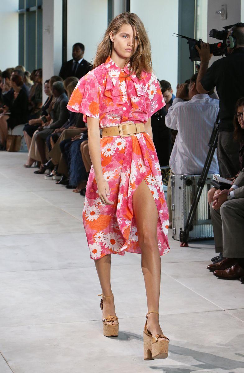 Неделя моды в Нью-Йорке: Невероятная коллекция Michael Kors весна-лето 2017 (ФОТО)