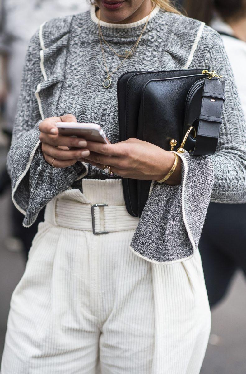 Что носят модницы на неделе моды: изысканный шик на улицах Парижа (ФОТО)