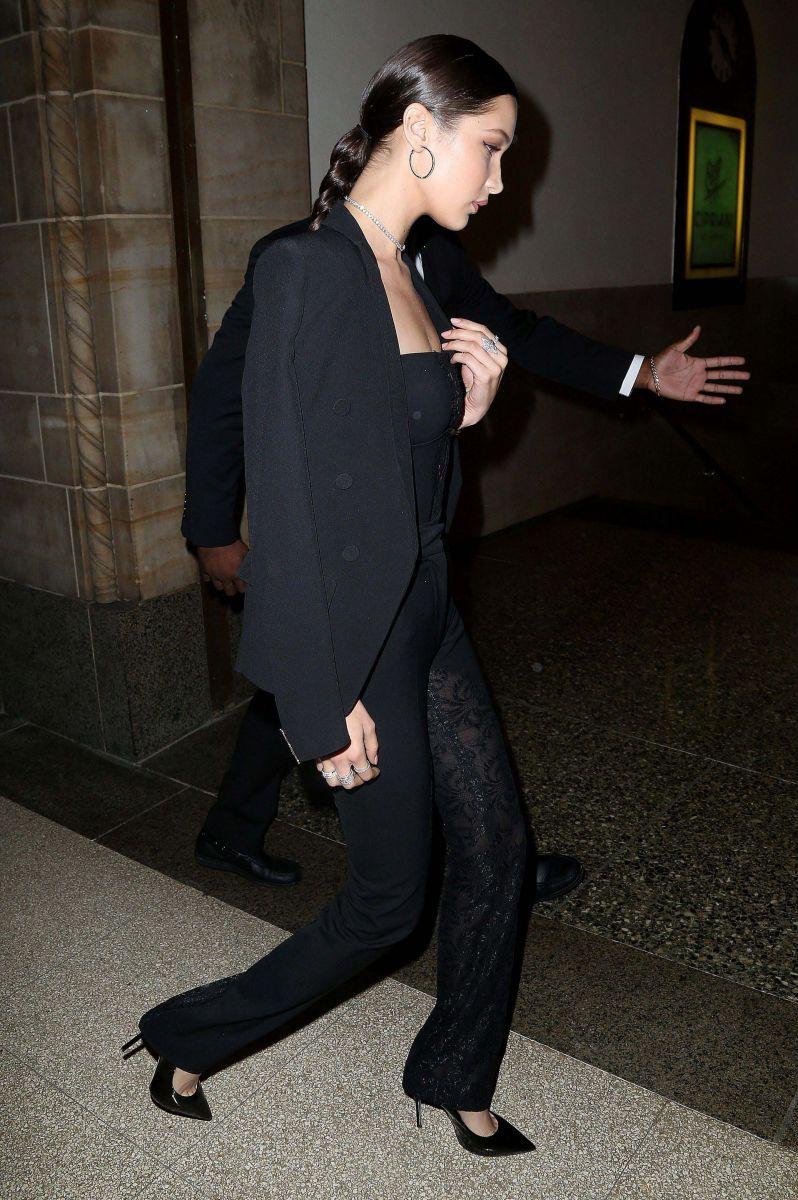 Образ дня: Красотка Белла Хадид на благотворительном вечере Lyme-Free World Gala в Нью-Йорке (ФОТО)