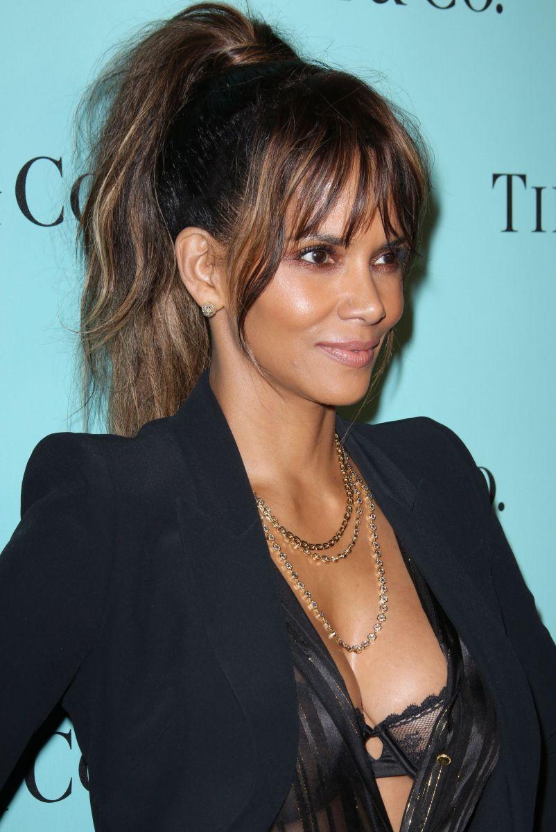 Холли Берри, Риз Уизерспун, Кейт Хадсон и другие покорили красотой на грандиозной вечеринке Tiffany & Co (ФОТО)