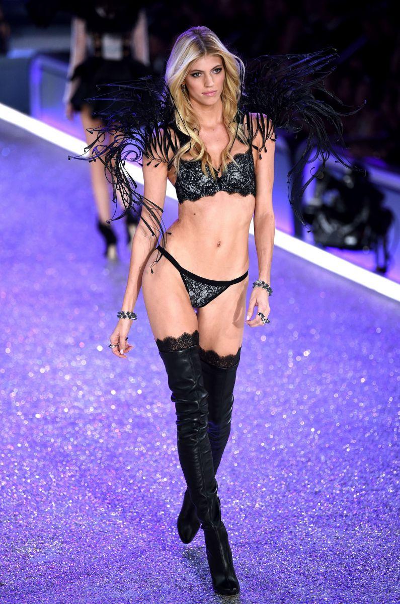 Кендалл Дженнер, Адриана Лима, Белла Хадид и другие на фееричном Victoria's Secret Fashion Show 2016 (ФОТО)