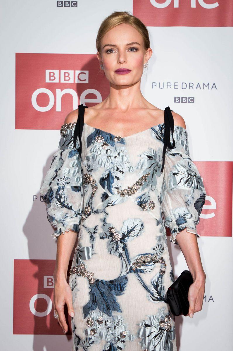 Образ дня: Кейт Босуорт в платье Erdem на премьере сериала в Лондоне (ФОТО)