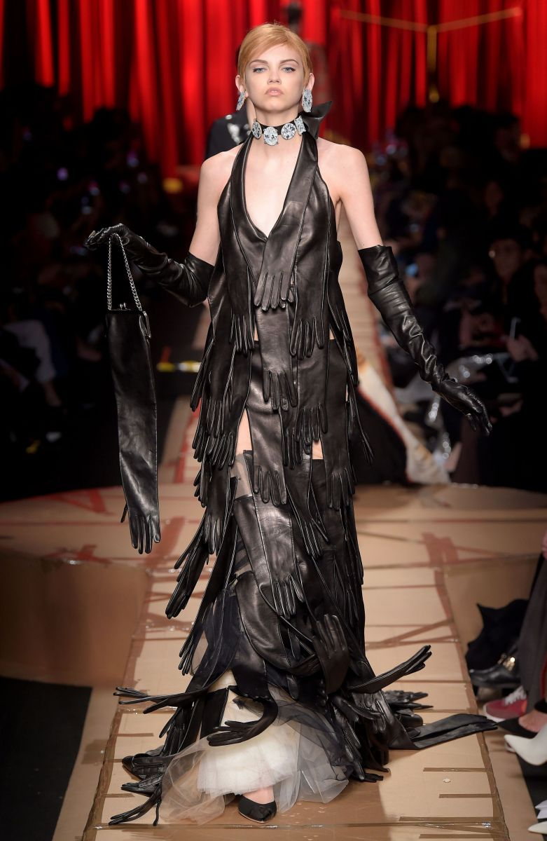 15 платьев с показа Moschino, которые нужно увидеть (ФОТО)