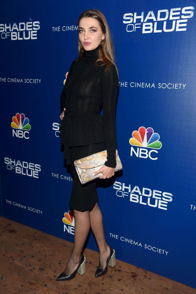 Образ дня: Алина Байкова в Нью-Йорке в наряде от украинского дизайнера Алина Байкова. Алина Байкова наряд